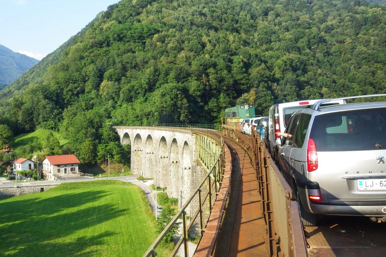 Emerald river tour from Ljublajna