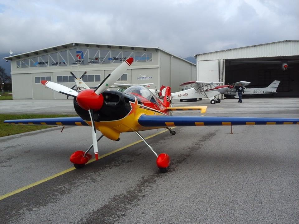 Aerobatic stunt flying Ljubljana