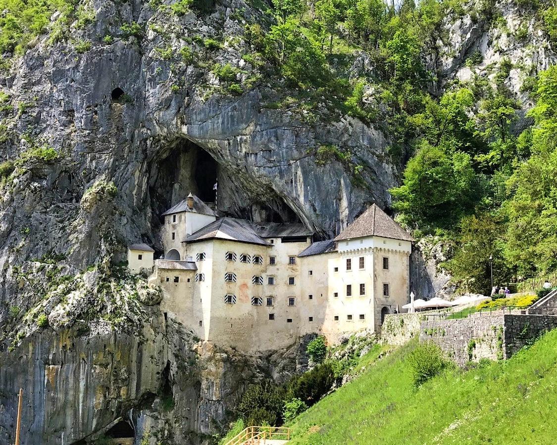 Predjama castle day trip