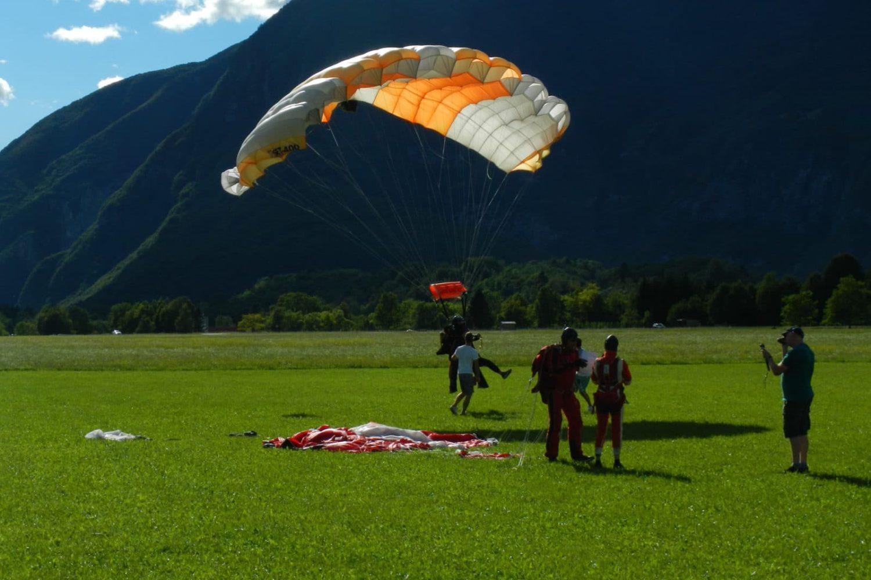 Skydiving from Ljubljana