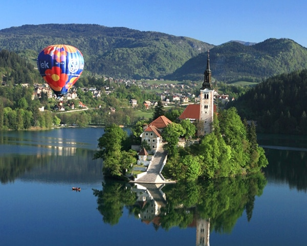 Balloon flight in Bled or Ljubljana
