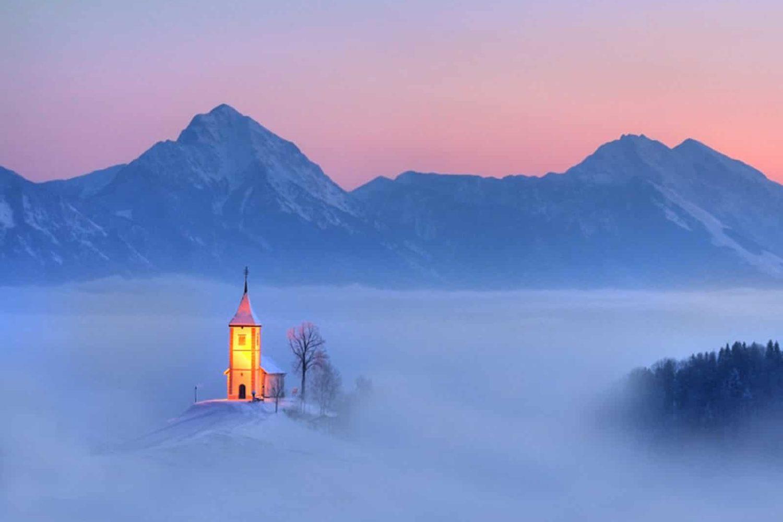 Jamnik church tour